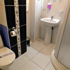 Kadikoy Port Hotel Турция, Стамбул - 4 отзыва об отеле, цены и фото номеров - забронировать отель Kadikoy Port Hotel онлайн ванная фото 2