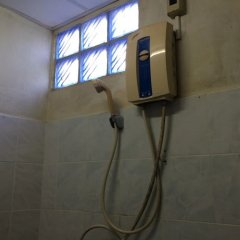 Отель 1 Bed Room @ Supalai Park Srinakarin ванная фото 2