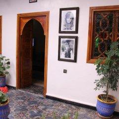 Отель Riad Porte Des 5 Jardins Марокко, Марракеш - отзывы, цены и фото номеров - забронировать отель Riad Porte Des 5 Jardins онлайн интерьер отеля
