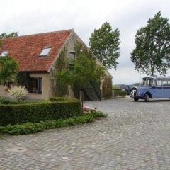 Отель Holiday Home De Colve парковка