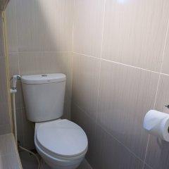 Отель Martin's Swiss Guesthouse ванная фото 2