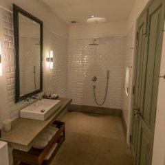 Отель Fort Bazaar Шри-Ланка, Галле - отзывы, цены и фото номеров - забронировать отель Fort Bazaar онлайн ванная