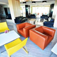 Отель Golden Dragon Beach Pattaya Таиланд, Бангламунг - отзывы, цены и фото номеров - забронировать отель Golden Dragon Beach Pattaya онлайн интерьер отеля фото 2
