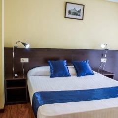 Отель Hostal Hotil комната для гостей