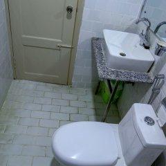Отель Himalayan Oasis Непал, Катманду - отзывы, цены и фото номеров - забронировать отель Himalayan Oasis онлайн ванная