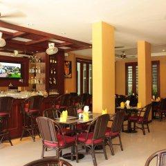 Отель Patong Hemingways гостиничный бар