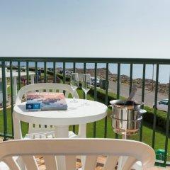 Отель Rv Hotels Sea Club Menorca Испания, Кала-эн-Бланес - отзывы, цены и фото номеров - забронировать отель Rv Hotels Sea Club Menorca онлайн балкон