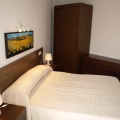 Отель Apartamentos AR Isern Испания, Бланес - отзывы, цены и фото номеров - забронировать отель Apartamentos AR Isern онлайн комната для гостей фото 2