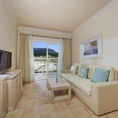 Отель VIVA Cala Mesquida Resort & Spa комната для гостей
