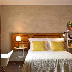 Отель Mercearia d'Alegria Boutique B&B Стандартный номер двуспальная кровать