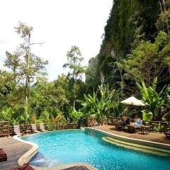 Отель Aonang Cliff View Resort бассейн