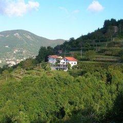 Отель Agriturismo Il Castagno Аджерола приотельная территория