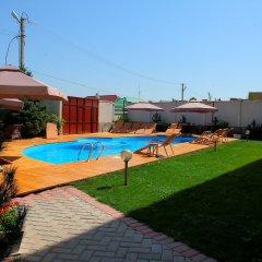 Отель Байхан Бишкек бассейн