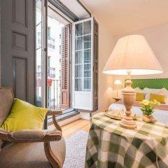 Отель Apartamentos Plaza Santa Ana Мадрид комната для гостей