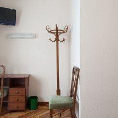 Отель Hostal Zamora Испания, Мадрид - отзывы, цены и фото номеров - забронировать отель Hostal Zamora онлайн удобства в номере фото 2