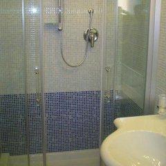 Отель Dina ванная фото 2