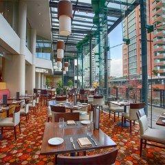 Отель Pinnacle Hotel Harbourfront Канада, Ванкувер - отзывы, цены и фото номеров - забронировать отель Pinnacle Hotel Harbourfront онлайн питание
