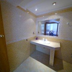 Отель Hostal La Muralla ванная фото 2