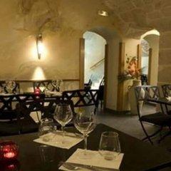 Grand Hotel du Calvados гостиничный бар