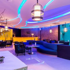Отель Crest Resort & Pool Villas развлечения