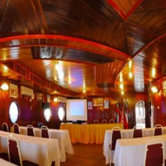 Отель Dragon Inn Floating Resort