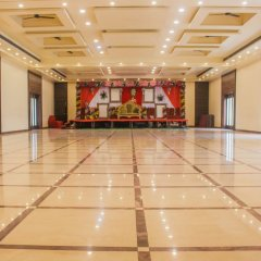 Solitaire Hotel and Resort in Ujjain, India from 30$, photos, reviews - zenhotels.com hotel interior