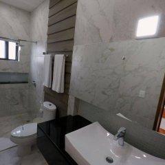 Отель Las Golondrinas Плая-дель-Кармен ванная