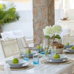 Отель Mimosa Seafront Villa Кипр, Протарас - отзывы, цены и фото номеров - забронировать отель Mimosa Seafront Villa онлайн помещение для мероприятий