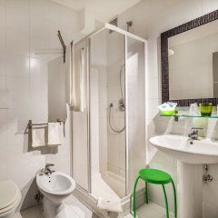 Hibiscus Hotel Residence Синискола ванная