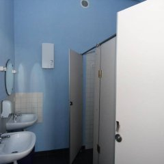 Riverside Hostel ванная