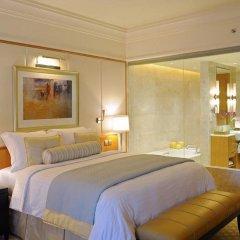 Отель The Ritz-Carlton, Dubai International Financial Centre ОАЭ, Дубай - 8 отзывов об отеле, цены и фото номеров - забронировать отель The Ritz-Carlton, Dubai International Financial Centre онлайн комната для гостей фото 3