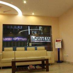 Отель Apra International Индия, Нью-Дели - отзывы, цены и фото номеров - забронировать отель Apra International онлайн питание фото 3