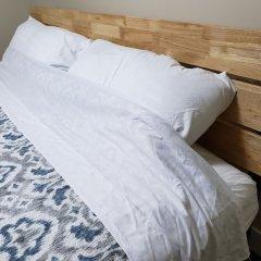 Отель LUXE Retreat at 8050 Kaymar Dr. Канада, Бурнаби - отзывы, цены и фото номеров - забронировать отель LUXE Retreat at 8050 Kaymar Dr. онлайн комната для гостей фото 5