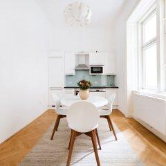 Апартаменты HeyMi Apartments Stephansdom Вена в номере фото 2