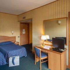 Отель Park Hotel Dei Massimi Италия, Рим - 2 отзыва об отеле, цены и фото номеров - забронировать отель Park Hotel Dei Massimi онлайн удобства в номере фото 2