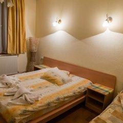 Отель Villa Vera Guest House Банско сейф в номере