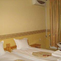 Отель Dvata Brjasta Family Hotel Болгария, Асеновград - отзывы, цены и фото номеров - забронировать отель Dvata Brjasta Family Hotel онлайн сейф в номере