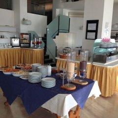 Отель Grand Meeting Италия, Римини - отзывы, цены и фото номеров - забронировать отель Grand Meeting онлайн питание