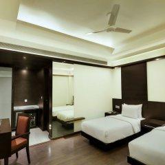 Hotel Godwin Deluxe комната для гостей фото 2