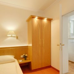 Отель Kriemhild am Hirschgarten Германия, Мюнхен - отзывы, цены и фото номеров - забронировать отель Kriemhild am Hirschgarten онлайн ванная