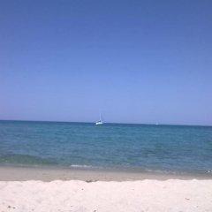 Hibiscus Hotel Residence Синискола пляж