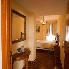 Отель Hostal San Juan Испания, Салобрена - отзывы, цены и фото номеров - забронировать отель Hostal San Juan онлайн удобства в номере