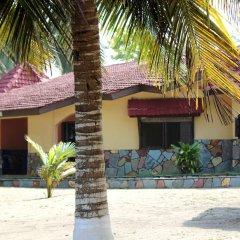 Отель Ayikoo Beach House Гана, Шама - отзывы, цены и фото номеров - забронировать отель Ayikoo Beach House онлайн