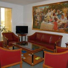 Hotel Academy комната для гостей