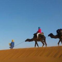 Отель Fayou Desert Camp Марокко, Мерзуга - отзывы, цены и фото номеров - забронировать отель Fayou Desert Camp онлайн балкон
