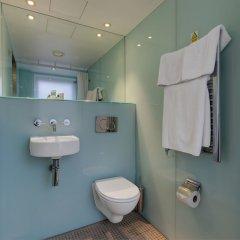 Отель Ambassadors Bloomsbury Великобритания, Лондон - отзывы, цены и фото номеров - забронировать отель Ambassadors Bloomsbury онлайн ванная