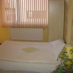 Отель Mira Guest House Банско комната для гостей фото 2