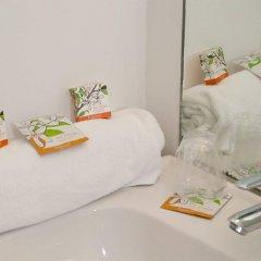 Отель Hôtel Comte de Nice ванная