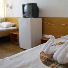 Отель Phoenix Болгария, Кранево - отзывы, цены и фото номеров - забронировать отель Phoenix онлайн удобства в номере фото 2