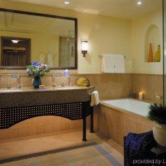 """Отель """"Luxury Villa in Four Seasons Resort, Sharm El Sheikh Египет, Шарм эль Шейх - отзывы, цены и фото номеров - забронировать отель """"Luxury Villa in Four Seasons Resort, Sharm El Sheikh онлайн ванная"""